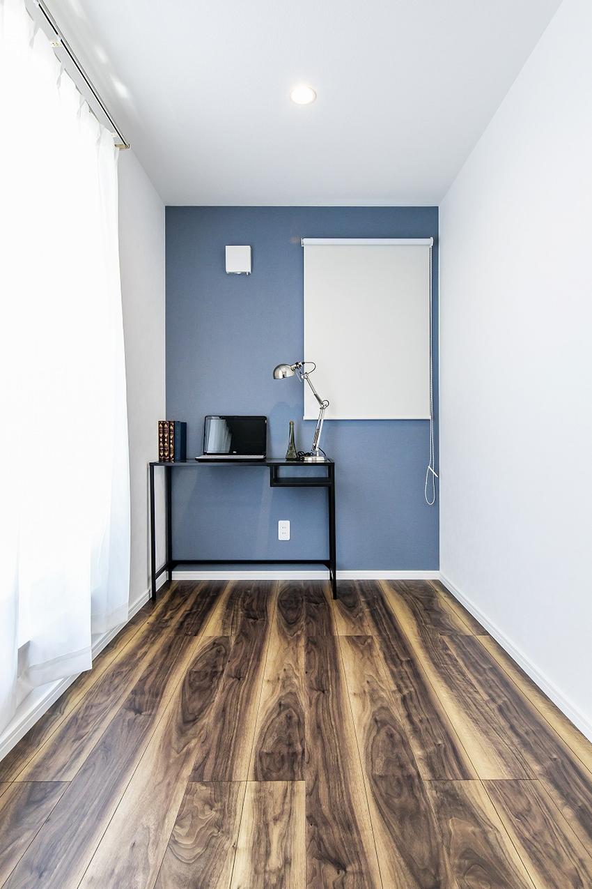2階のフリースペースは室内物干し付きで雨の日のお洗濯も安心 スタディコーナーや家事コーナーなど自分好みにアレンジできます